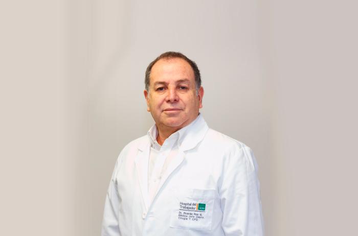 Médico Jefe de Cirugía Plástica